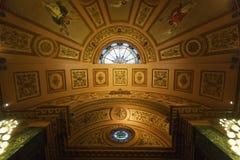 De koepel van openbare ruimte in Cityhall van Barcelona Stock Afbeeldingen