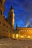 De koepel van Salzburg bij nacht Royalty-vrije Stock Foto's