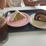 de koffie heerlijk dessert van de bakkerijcake stock afbeeldingen