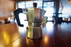 De koffie kookt machine Stock Afbeeldingen