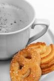 De koffie van de ochtend met koekjes Stock Afbeeldingen