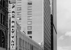De Koffie van Paramount in Denver in Zwart-wit Stock Foto's