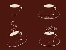 De koffie vormt braun tot een kom Stock Afbeeldingen