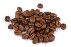 De koffiebonen op wit worden geïsoleerd dat Stock Afbeeldingen