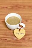 De koffiekop met hartmarkering schrijft I-het woord van de liefdekoffie Royalty-vrije Stock Foto