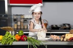 De kok van het meisje royalty-vrije stock afbeelding