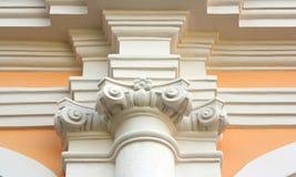 De kolom uitstekende bouw Stock Foto's