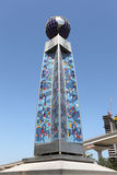 De Kolom van het Centrum van de Wereldhandel van Doubai Royalty-vrije Stock Foto's