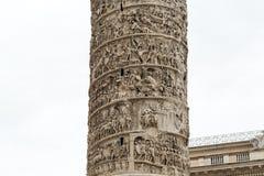 De Kolom van Marcus Aurelius in Piazza Colonna rome Royalty-vrije Stock Foto's