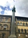 De kolom van Rechtvaardigheid, colonnadella Giustizia in Florence stock fotografie