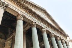 De kolommen van de pantheonvoorgevel stock fotografie