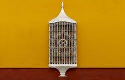 De koloniale Architectuur van het Stijlvenster, Trujillo, Peru stock afbeelding