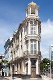 De koloniale bouw in het centrum van Recife in Brazilië royalty-vrije stock foto's