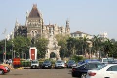 De koloniale Oosterse Bouw op beroemd vierkant in Mumbai royalty-vrije stock foto