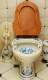 De kom die van het toilet Gzhel schildert Stock Fotografie