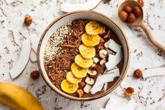 De Kom van Smoothie van de chocoladehazelnoot Royalty-vrije Stock Foto's