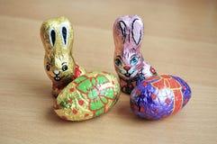 De konijntjes van chocoladepasen Stock Afbeeldingen