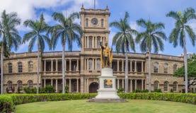 De koning Kamehameha I Standbeeld, Ali iolani sleept Royalty-vrije Stock Afbeeldingen