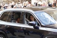 De Koningen van Spanje Felipe en Letizia en hun dochters, in de traditionele Pasen-Massa Royalty-vrije Stock Foto