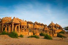De koninklijke cenotaven van historische heersers. Jaisalmer, India Royalty-vrije Stock Fotografie