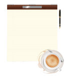De kop, het document en de pen van de koffie Royalty-vrije Stock Afbeeldingen
