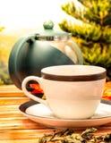 De kop thee betekent Cafetaria'srestaurants en verfrist zich stock foto