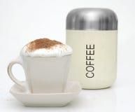 De Kop van Coffe en Oude Coffe kunnen. Royalty-vrije Stock Foto's