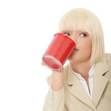 De kop van de bedrijfsvrouwenholding van koffie Stock Foto's