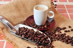 De Kop van de Espresso van Kaffee stock afbeeldingen