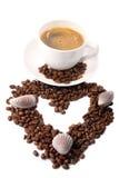 De kop van de koffie met bonen Royalty-vrije Stock Afbeeldingen