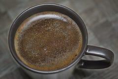 De kop van de koffie van hierboven Stock Foto's