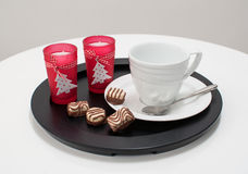 De kop van de thee of van de koffie het dienen voor Kerstmis Stock Afbeelding