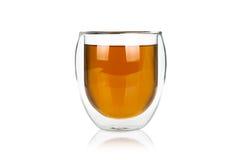 De kop van het glas van hete groene thee op wit Royalty-vrije Stock Foto's