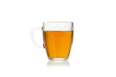 De kop van het glas van hete groene thee op wit Stock Fotografie