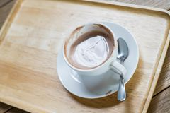 De kop van de koffie op de lijst Stock Foto