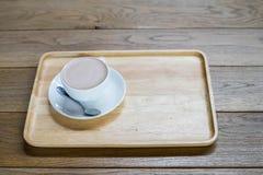 De kop van de koffie op de lijst Stock Foto's