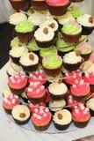 De kopcakes van het huwelijk Stock Foto's