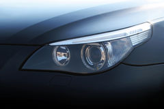 De koplamp van de auto Stock Afbeeldingen