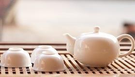 De koppen en de theepot van de thee Royalty-vrije Stock Afbeelding