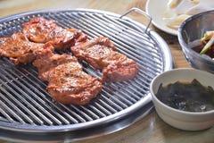 De Koreaanse BBQ soep van het de barbecuezeewier van de kippenplak royalty-vrije stock foto's