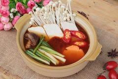 De Koreaanse tofu soep met rijst is heerlijk Stock Foto