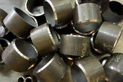 De korte pijpen van het metaal stock afbeelding
