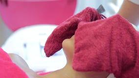 De kosmetiekprocedures Het gezichts reinigen stock videobeelden
