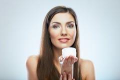 De kosmetische room van de vrouwengreep Mooi gezichts jong model stock foto's