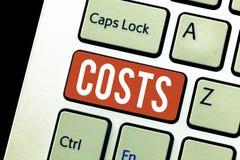 De Kosten van de handschrifttekst Het concept die Uitgavenbedrag betekenen dat moet worden betaald besteed om te kopen verkrijgt  stock afbeeldingen