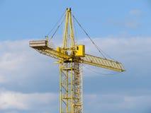 De kraan van de bouw in de hemel. Royalty-vrije Stock Fotografie