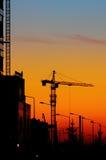 De kraan van de toren en zonsondergang Royalty-vrije Stock Fotografie