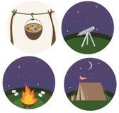 De krabbel van het druk het vlakke beeldverhaal het kamperen de zomer van de het toerismeaard van de kleurenreis koken vector illustratie