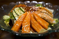 De Krabstok van de saladesashimi Royalty-vrije Stock Foto's