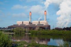 De krachtcentrale van de steenkool stock afbeeldingen